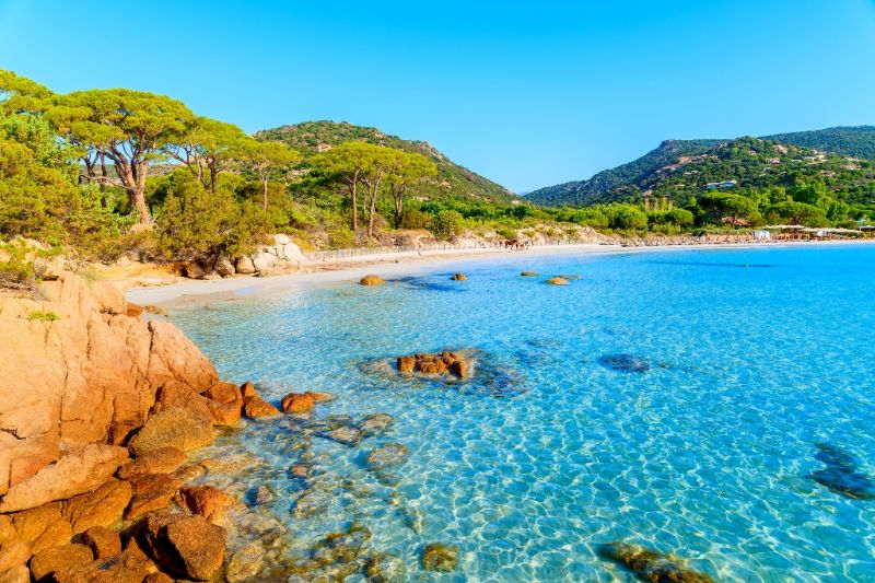 Chartering a yacht in Sardinia: your ultimate bucket list.