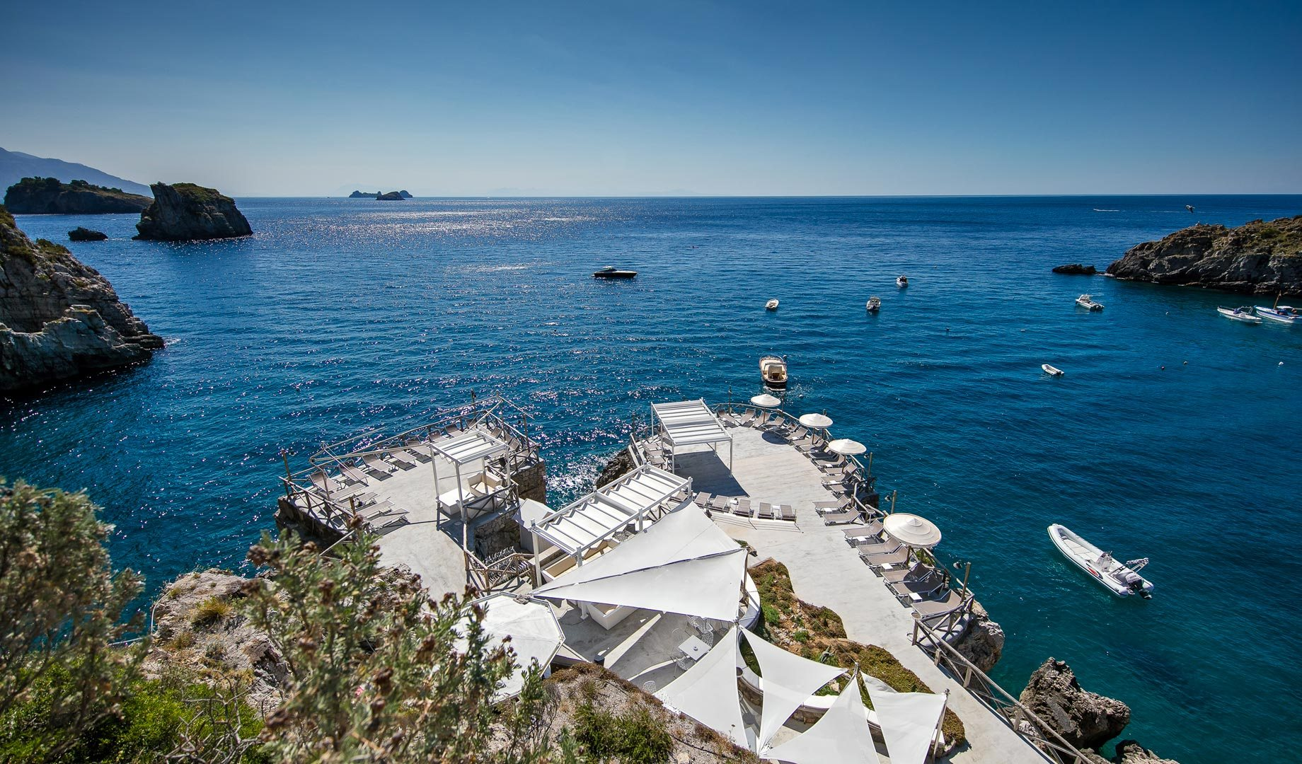 Yacht charter insider's tips: the best beach clubs in Sorrento and the Amalfi Coast
